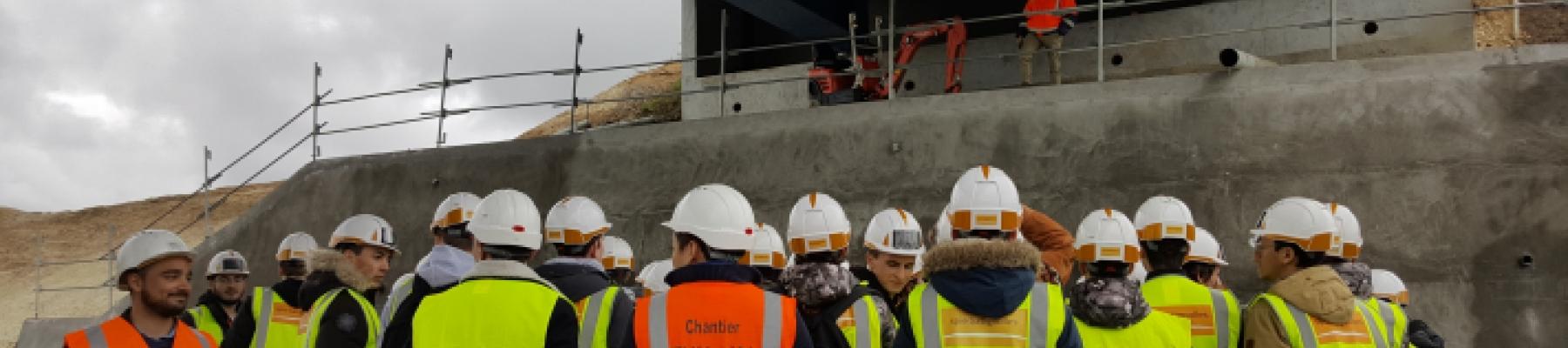La promotion 2021 en visite sur le chantier de l'A10!