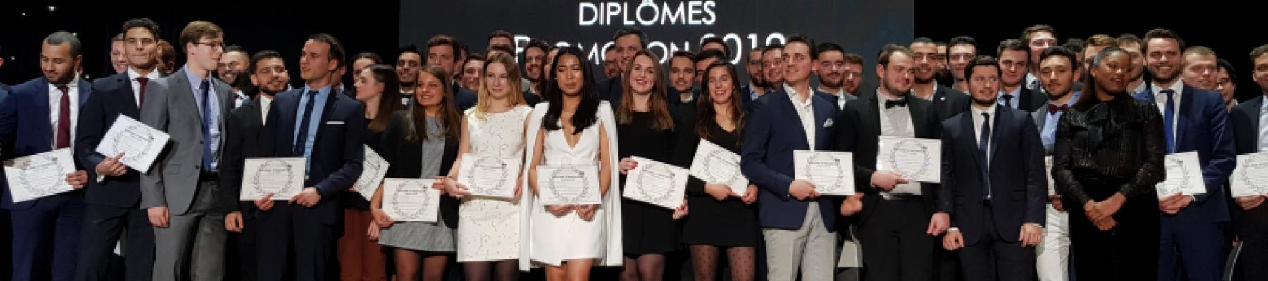 L'ESITC PARIS célèbre les diplômé(e)s de la promotion Demathieu & Bard Construction!